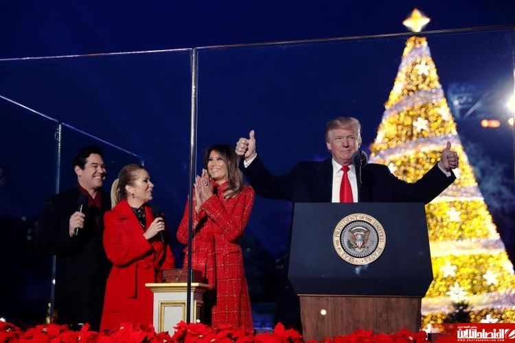 ترامپ کاخ سفید را نورانی کرد +تصاویر