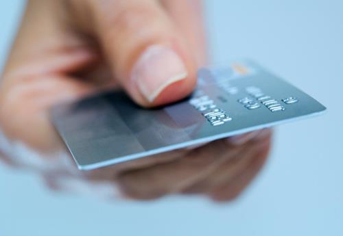 کارت های بانکی ایران بین المللی می شوند
