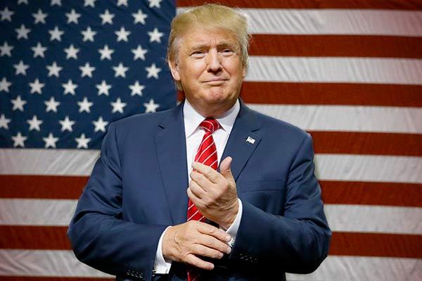 فوربس: ترامپ 1 میلیارد دلار از دست داد