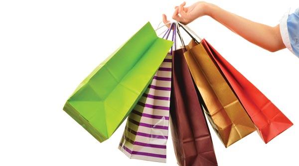 خانم ها 7 برابر آقایان خرید آنلاین می کنند