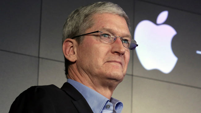 حقوق تیم کوک، مدیر عامل اپل 15 درصد کاهش یافت